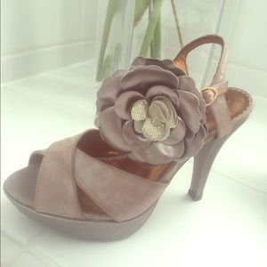 New Poetic Licence Belle of the Ball dress shoe 7